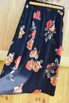 New Listing! Vintage Skirt Womens Vintage Floral Print by founditinatlanta, $25.00