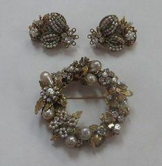 "Vintage Signed ""Original by Robert"" Gold Tone Brooch Earring Pearls Crystal Set | eBay"