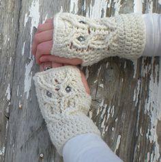 Fingerless Gloves with Owl Design