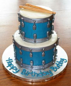 Another drum cake for my dad for fathers Day? Anyone have any good recipes for it/ideas for it? Tips?