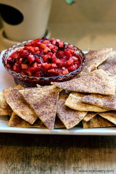Fruit Salsa with Cinnamon Sugar Tortilla Chips Homemade Fruit Salsa With Cinnamon Sugar Tortilla Chips - a delicious recipe the whole family will love! the perfect snack for kids. Add to yogurt, ice cream, oatmeal! Healthy Dessert Recipes, Fruit Recipes, Mexican Food Recipes, Snack Recipes, Cooking Recipes, Mexican Desserts, Recipes With Fresh Fruit, Health Desserts, Healthy Mexican Dessert