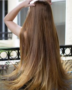 We Love Rapunzel Hair Really Long Hair, Long Red Hair, Long Natural Hair, Long Hair Cuts, Natural Hair Styles, Long Hair Styles, Long Blond, Face Shape Hairstyles, Chic Hairstyles