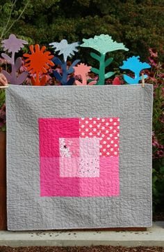 Busy Girl Sews: Craft Buds & A Quilter's Table (via Bloglovin.com )