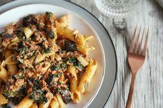 Receta: nutritivos macarrones sin gluten con salsa boloñesa vegana y Supralimento Levadura Nutricinal Bio.