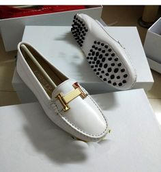 genuine patent  leather women flat single shoes slip on loafer peas driving shoes office lady work shoes red black