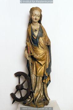 16th century (1500-1520) Bohemia  wood carving, St Catherine of Alexandria  (Czech republic) Český Krumlov, Regionální muzeum    http://tethys.imareal.oeaw.ac.at/realonline/  no. 14515
