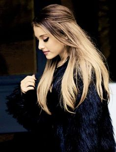 Ariana grande is beautifull how she is Queen Ari, Hairstyles Ariana Grande, Night Out Hairstyles, Ariana Grande Hair Ombre, Winter Hairstyles, ...