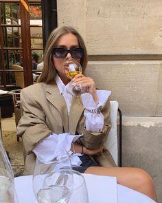 Classy Aesthetic, Aesthetic Girl, Aesthetic Fashion, Look Fashion, Autumn Fashion, Fashion Outfits, Estilo Ivy, Parisian Chic, Business Women