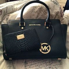 Michael Kors Handbags Shop the Michael Kors Gift Guide for Luxury Gifts for Him & Her. #Michael #Kors #Handbags