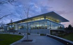 The Sammamish Library - outside