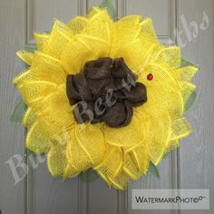 Sunflower wreath/ Spring/ Paper mesh sunflower/Summer time wreath/Yellow sunflower/ Burlap wreath/Wedding decor/Mothers day/Lady bugs