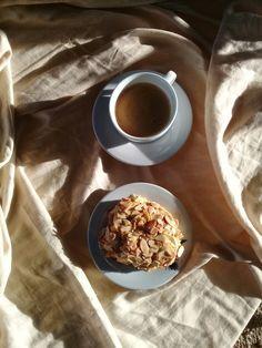 Espresso & Almonds croissant 🥐