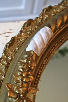 repair furniture How to Repair a Gesso Frame--GREAT tutorial+pics so I never have to pass up another gorgeous antique mirror or frame! Furniture Repair, Furniture Makeover, Diy Furniture, Recycled Furniture, Furniture Plans, Antique Picture Frames, Antique Frames, Distressed Picture Frames, Old Frames