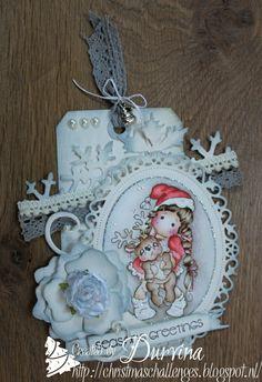 Christmas tag with Magnolia stamp
