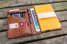Leder iPad Mini und Leuchtturm1917 Cover personalisierte
