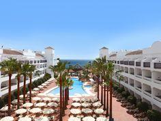 El hotel IBEROSTAR Costa del Sol es un hotel de 4 estrellas en la playa de Marbella. Destaca por su variedad de servicios e instalaciones pensados para todo tipo de viajeros: parejas, amigos o familias. Descúbrelos en su web oficial! http://www.iberostar.com/hoteles/malaga/iberostar-costa-del-sol #IberostarCostaDelSol #IberostarHotels