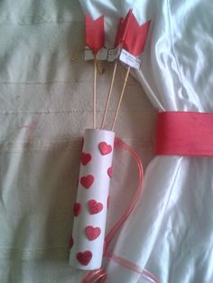I'm going to present you an easy-to-build cupid costume that doesn't ., Informations About I'm going to present you an easy-to-build cupid costume that d Carnival Decorations, Diy Carnival, Carnival Outfits, Carnival Costumes, Carnival Rides, Purim Costumes, Baby Halloween Costumes, Valentines Day Party, Valentine Day Crafts