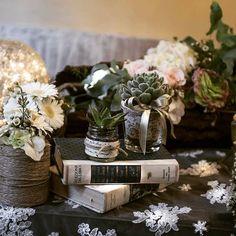 tailored flower design #daisy #wedding #bouquet #lace #pastel #flower #floraldesign #floraldesign #tailored #sartoriafloreale  #dream #grass  #nofilter #italianwedding #lace #books #tablesetting #centerpiece #wed #love #happiness #flowerlovers by www.sartoriafloreale.it