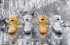Get your holiday cheer on with these adidas Originals by Jeremy Scott bear-themed sneakers. Nmd R1, Adidas Superstar, Jeremy Scott Adidas, Mode Adidas, Adidas Instagram, Basket Sneakers, Adidas Originals, The Originals, Vogue Japan