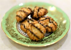 Coconut Macaroons Coconut Macaroons, Buy Weed Online, Best Mom, Health, Food, Health Care, Eten, Healthy, Meals