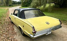 Very original and in fair shape, this Valiant Signet 200 is a simple yet fun survivor that would make for a great small classic for those with a tiny garage in the city. With a great vintage appeal, and. Plymouth Valiant, Car Pics, Rear Ended, Mopar, Beards, Muscle Cars, Convertible, Classic Cars, Classy