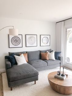 Condo Living Room, Tiny Living Rooms, Living Room Grey, Living Room Interior, Dining Living Room Combo, Decorating Small Living Room, Living Room Decorations, Small Living Room Designs, Modern Living Room Decor