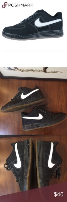 Nike Lunar Force 1 Fuse 'Oreo' Sneaker - 10.5 Great condition.  The Nike Lunar Force 1 certainly hasnt been afraid to get outfitted with some more unorthodox colorways during its young life. The pair goes with an Oreo looking black and white formula that picks up some speckling for the Nike Lunar midsole cushioning. Nike Shoes Sneakers