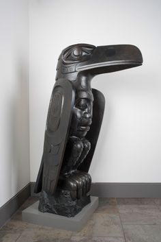 """Raven"" limited edition bronze sculpture (cast from the top figure of the Bill Reid Memorial Pole) by Haida artist Jim Hart Native Style, Native Art, Native American Art, Bronze Sculpture, Sculpture Art, Sculptures, Raven Spirit Animal, Jim Hart, Crow Images"