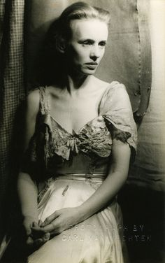 jessica tandy as blanche du bois, the role she originated. haunted and broken. photograph by carl van vechten, 1949.