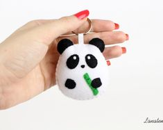 FELT CHUBBY PANDA keychain felt keyring Italian by Lanatema You are in the right place about wild an Creative Gifts For Boyfriend, Birthday Present For Boyfriend, Presents For Boyfriend, Boyfriend Gifts, Felt Diy, Felt Crafts, Panda Craft, Sewing Crafts, Sewing Projects