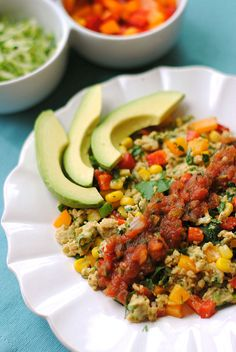 Skinny Southwest Scramble. Phase 3 friendly. Phase 2, skip corn. Phase 1, skip avocado and use egg whites only. #healthy #lowfat #mexican #recipes #cleaneating #stateofslim