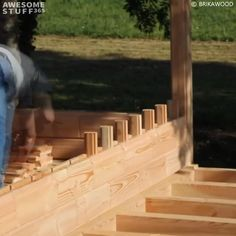 Building A Wooden House, Wooden House Design, Small Wooden House, Small House Design, Brick Building, Wooden Home, Modern Wooden House, Pallet Building, Modern Houses