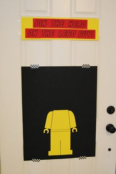 Pin the head on Lego Guy Game