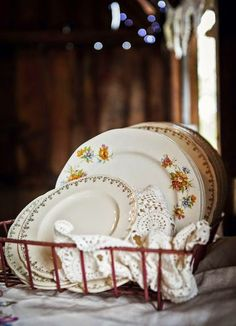 Mismatched crockery - a must for the country cottage or cabin. The Design Files, Design Blog, Country Charm, Country Life, Country Farmhouse, Rustic Charm, Country Living, Dish Racks, Cozy Cottage