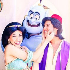 Don't let go of someone who makes you happy! ✨ #disneyland #disneyland60 #aladdin