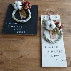 New Years Decorations, Mother And Child, Happy New Year, Xmas, Place Card Holders, Diy Crafts, Wreaths, Display, Seasons