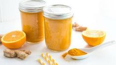Turmeric is considered an anti-inflammatory, antioxidant and thus anti-aging super spice, so here there is a wonderful juice that incorporates the benefits of turmeric and the vitamins of different fruits! The perfect combination for a super delicious and healthy drink! #vegan #veganrecipes #beverage #juices #detox