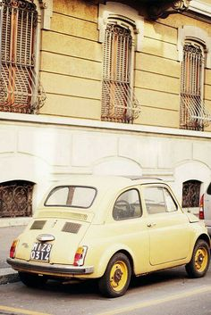 Fiat 500 - love this pale yellow! Pastel Yellow, Mellow Yellow, Yellow Car, My Dream Car, Dream Cars, Lexus Sports Car, Cute Cars, Sport Cars, Fiat Sport