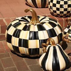 """Courtly Check Squashed Pumpkin - Great ... 14"""" high"""