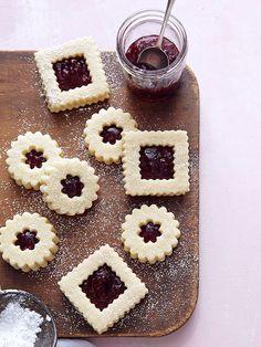 Ina Garten's Linzer Cookies http://greatideas.people.com/2014/11/01/ina-garten-linzer-cookie-recipe/
