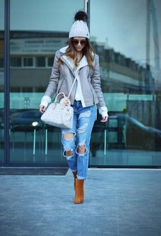 ripped jeans raw jeans distressed jeans baggy jeans boyfriend jeans jeans inspiration fashion fashion blogger denimbox