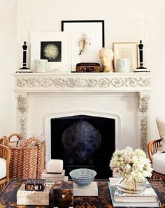 Not all wall decor has to hang on the wall. Sometimes, the best look is to lean art and other objects to create a casual look! Here's how to do it right. Living Room Remodel, Home Living Room, Living Room Decor, Traditional Interior, Neo Traditional, Fireplace Mantels, Fireplaces, Mantle, Home Decor Inspiration