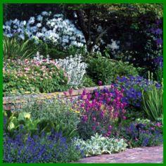 garten am hang anlegen und schöne hangbeete bepflanzen | gardening, Hause und Garten