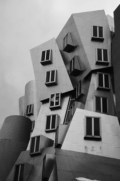 Frank Gehry architecture unique arts