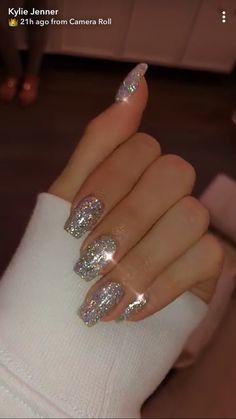 new years nails glitter ~ new years nails ; new years nails acrylic ; new years nails gel ; new years nails glitter ; new years nails dip powder ; new years nails design ; new years nails short ; new years nails coffin Cute Acrylic Nails, Cute Nails, Pretty Nails, Glitter Nail Polish, Silver Glitter Nails, Glitter Nail Designs, Sparkly Nails, Acrylic Nails Coffin Glitter, Fancy Nails