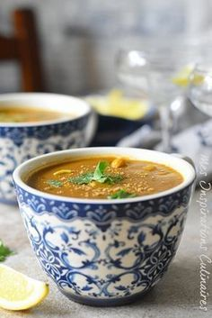 Harira express (with or without meat) Food Is Fuel, Food N, Food And Drink, Tzatziki, Plats Ramadan, Algerian Recipes, Yummy Veggie, Ramadan Recipes, Ramadan Food