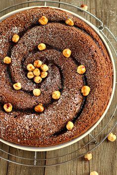 La Torta al cioccolato e nocciole