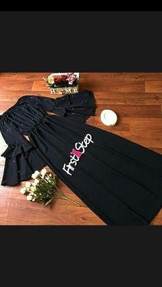 Long dress Hijab Gown, Hijab Style Dress, Hijab Chic, Abaya Fashion, Muslim Fashion, Modest Fashion, Fashion Dresses, Burqa Designs, Abaya Designs