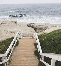 Bare feet, salty hair.... and now frozen feet! ❄️❄️ (I couldn't help myself ) #freezingwaters #splishsplash #coldfeet #cloudydays #maygray #lunchbreak #metime #beach #stairway #ocean #waves #windansea #windanseabeach #takeabreak #almosttheweekend #lajolla #sandiego #sandiegoliving #nature #naturalelements #beautyofnature #greenery #socal #california #barefeet #saltyhair #breathe #keepcalm #theseacallsme #lajollalocals #sandiegoconnection #sdlocals - posted by Angela Fulgencio…