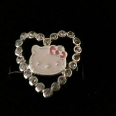 Hello kitty sparkly heart ring Hello kitty ring size is small _ medium Avon Jewelry Rings